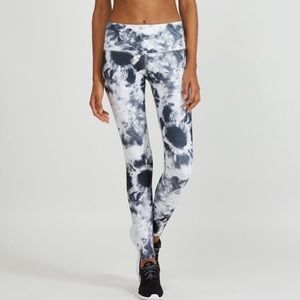 Noli Active Full Length Tie Dye Leggings Small